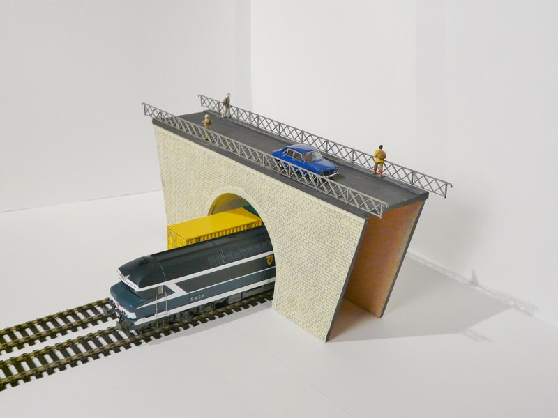 [Bois Modelisme] Pont Tunnel double Voies Pont_Ho_tunnel_HO_pont_tunnel_tunnel_187_pont_187_viaduc_ho_viaduc_187_entree_de_tunnel_ho_entree_de_tunnel_simple_voie_entree_de_tunnel_1_87_tunnel_HO_tunnel_1_87_tunnel_train_10