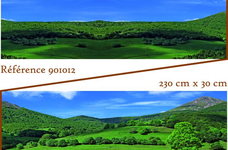 Fonds de décor - Série 2 ! .901012_Fond_de_decor_aux_couleurs_estivales_se_composant_de_montagnes_du_departement_du_Cantal_de_champs_et_de_forets_verdoyantes._Poster_pour_diorama_et_reseaux_de_trains_miniatures__m
