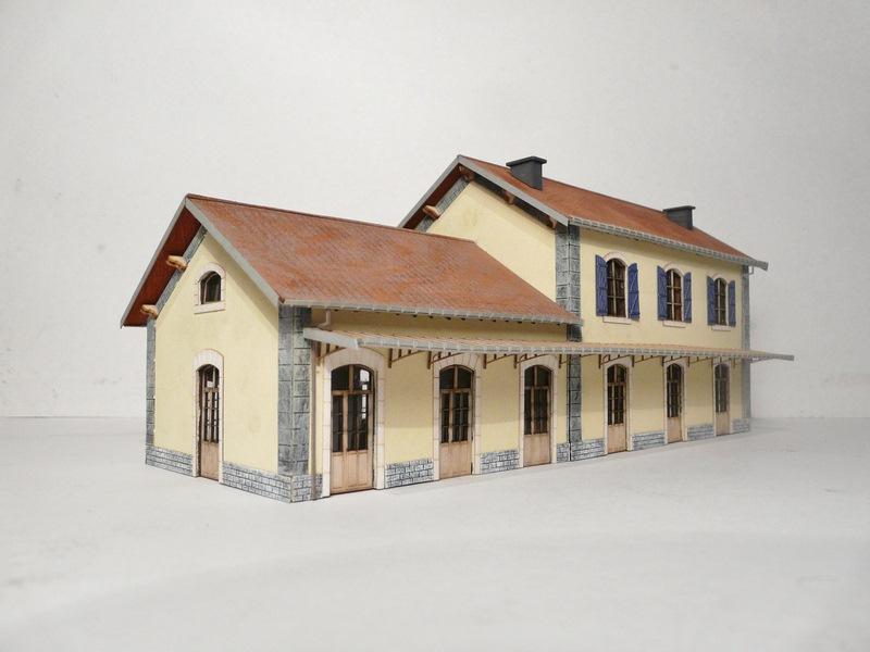Gare PLM avec extension