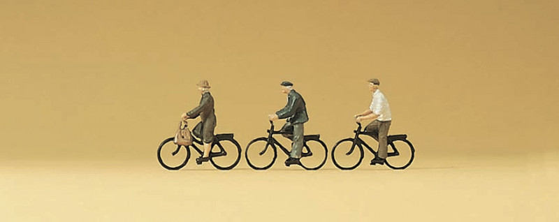 Vélos avec cyclistes
